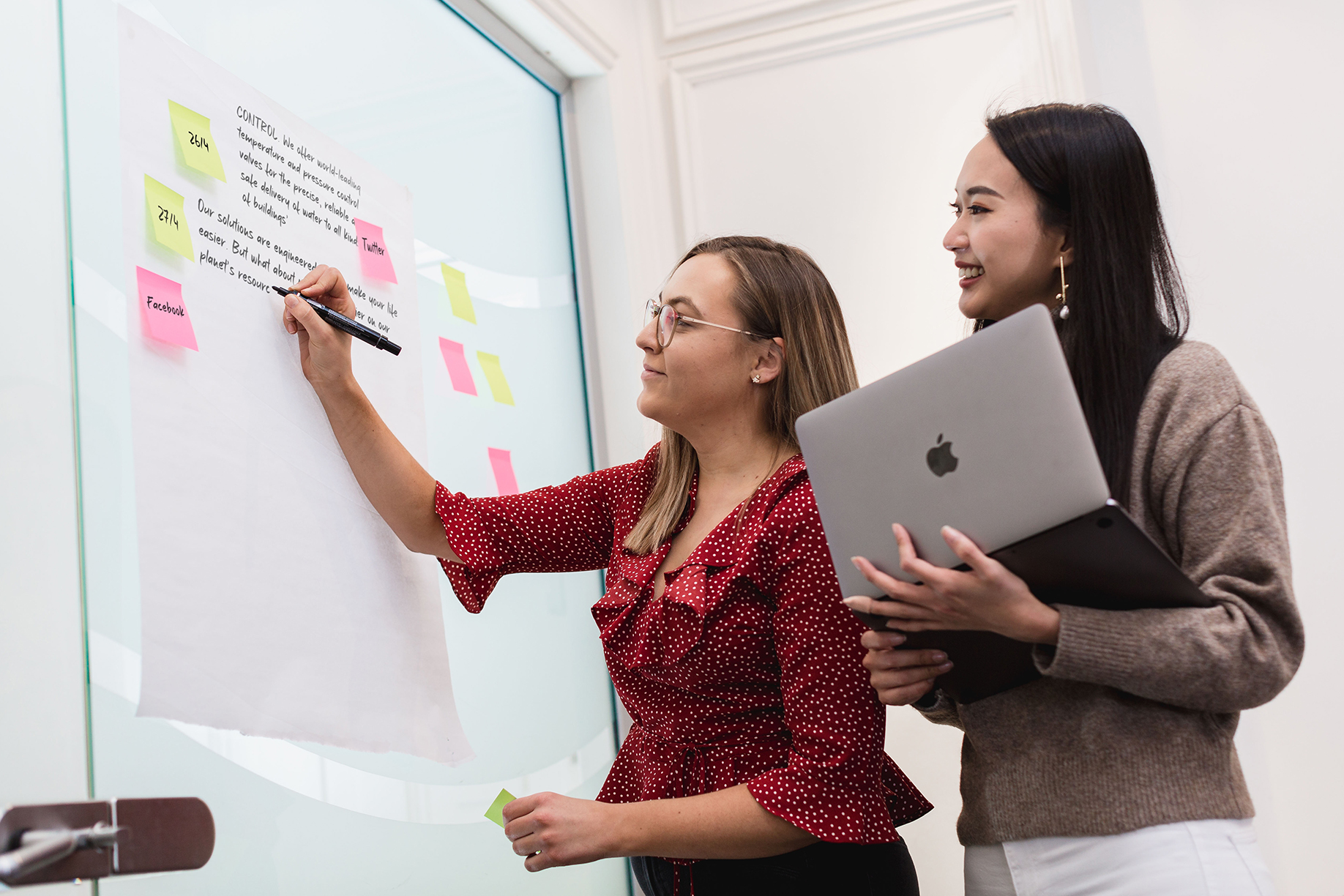 Sarah Turpin looking at a PR & content marketing strategy